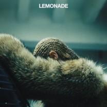 Det er Warsan Shire som har skrevet diktene i Beyoncé episke musikkverket Lemonade.