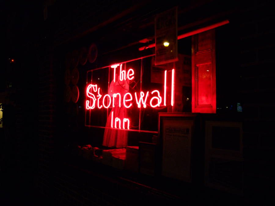 stonewall-sign
